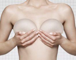 augmentation-seins-par-implants